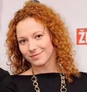 Adriana Čahojová